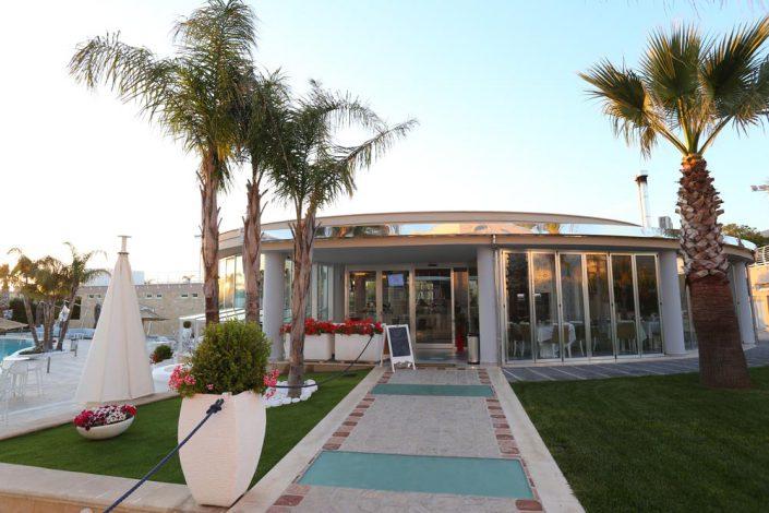 Arredo interni ristorante Dubai Village di Camposano (NA)